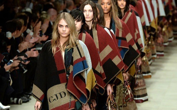 blanket-coat-burberry