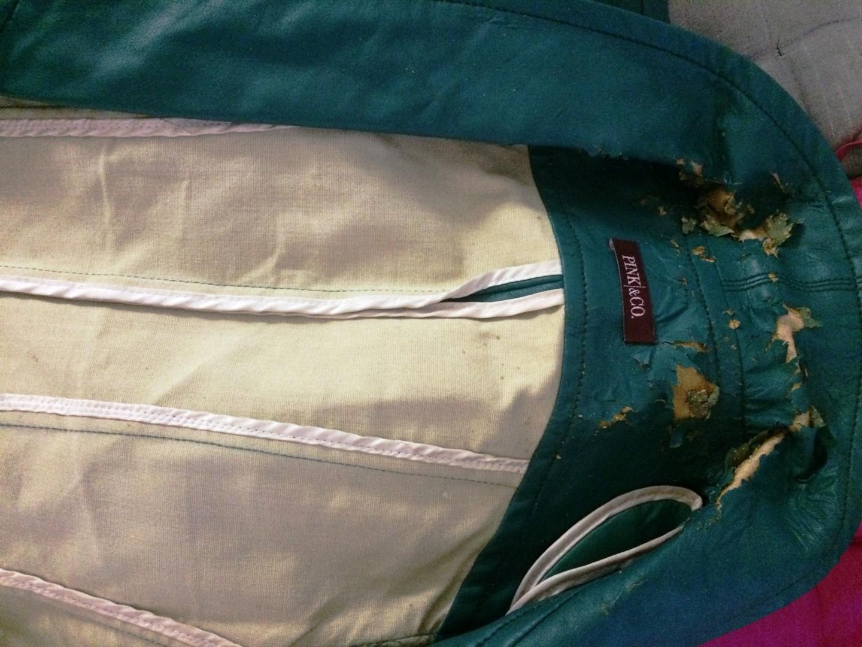 jaqueta de PU descascada