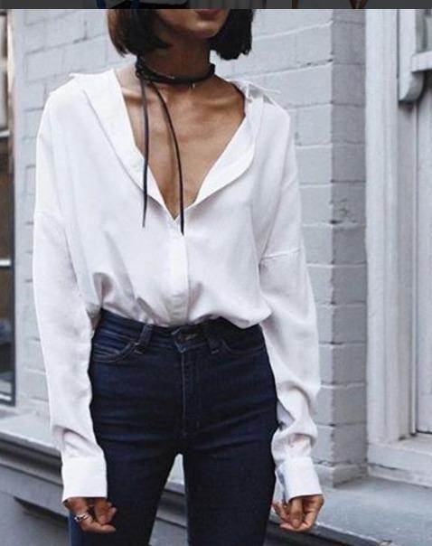 camisa-branca-com-decote